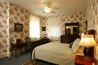 Valley Rose Room at Temple Hill Bed and Breakfast with sleigh bed